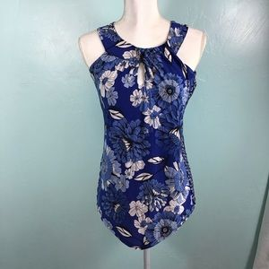 NWOT sleeveless Blue Blouse Size X-Small